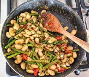 Asparagus, white beans and cilantro pesto - Tifosi Sports